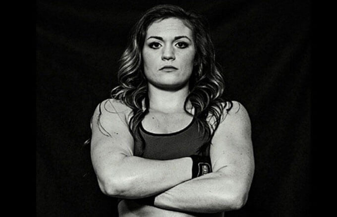 MMA Fighter Anna Dempster Set to Fight Internet Troll
