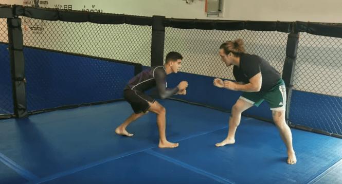 250lb Bodybuilder Takes on 150lb Jiu Jitsu Purple Belt